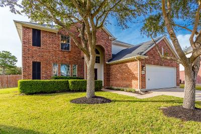 Pearland Single Family Home For Sale: 2404 Fastwater Creek Court