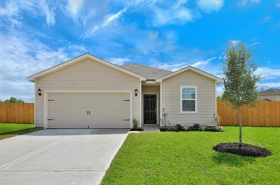 Brookshire Single Family Home For Sale: 718 Crystal Lakes Drive