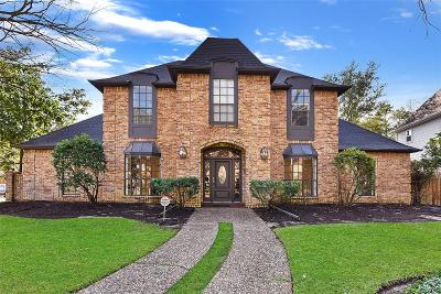 Houston Single Family Home For Sale: 15803 River Roads Drive