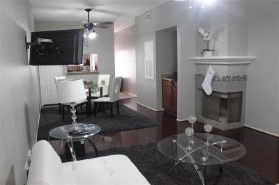 Galveston Condo/Townhouse For Sale: 500 Ferry Road #334C