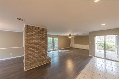 Missouri City Single Family Home For Sale: 2818 Quail Hollow Drive