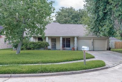 League City Single Family Home For Sale: 5617 Freshmeadow Street