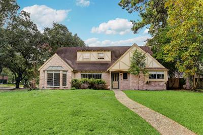 Single Family Home For Sale: 5703 Lodge Creek Drive