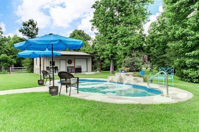 Magnolia Single Family Home For Sale: 38210 Cascade Court