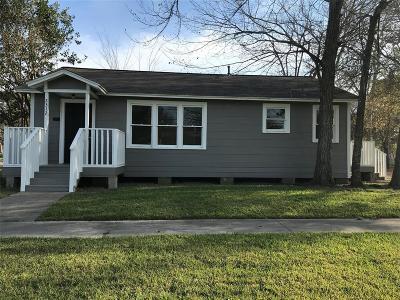 Rosenberg Single Family Home For Sale: 2312 Avenue M
