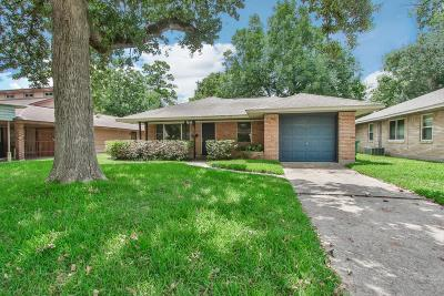 Oak Forest Single Family Home For Sale: 4309 Lido Lane