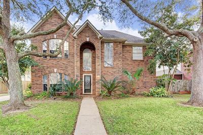 League City Single Family Home For Sale: 1355 Deer Ridge Drive
