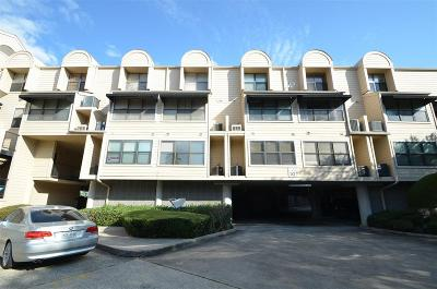 Clear Lake Shores Condo/Townhouse For Sale: 1140 Marina Bay Drive #105A