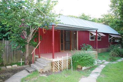 Single Family Home For Sale: 11 Larkin Lane