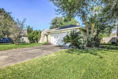 La Porte Single Family Home For Sale: 5418 Sugar Creek Drive