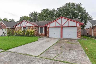 La Porte Single Family Home For Sale: 10022 Quiet Hill Road