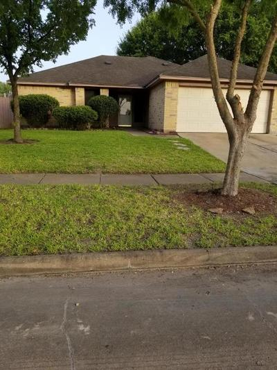 Houston Single Family Home For Sale: 6907 Lost Thicket