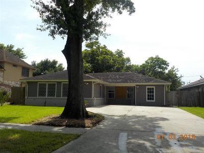 Pasadena Single Family Home For Sale: 1506 Locklaine Drive