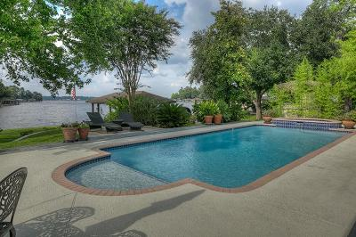 Montgomery Single Family Home For Sale: 126 Lakeside Drive