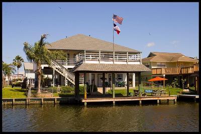 Bayou Vista Single Family Home For Sale: 933 Bonita Street