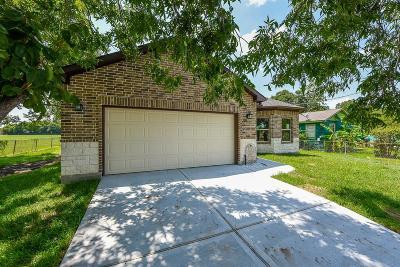 Pasadena Single Family Home For Sale: 1042 Satsuma Street