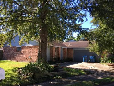 Spring TX Single Family Home For Sale: $128,000