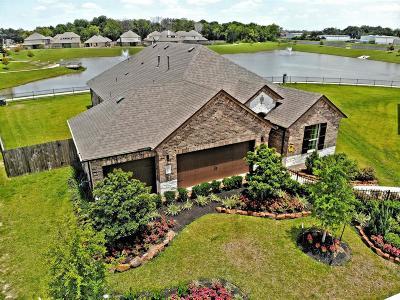 Pearland Single Family Home For Sale: 2807 S Galveston Avenue