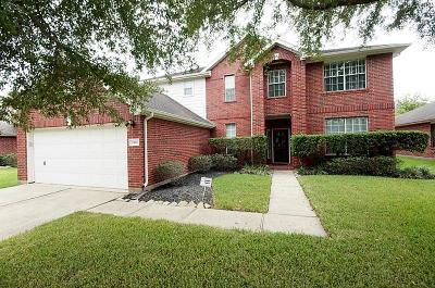 Sugar Land Single Family Home For Sale: 5414 Gable Meadows