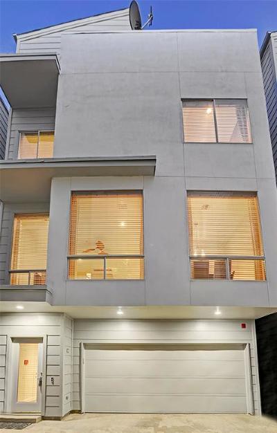 Houston Condo/Townhouse For Sale: 5710 Winsome Lane #C