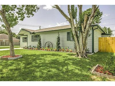 Deer Park Single Family Home For Sale: 2101 Estate Drive