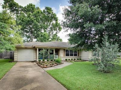 Bellaire Single Family Home For Sale: 5132 Mimosa Drive
