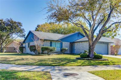 Pearland Single Family Home For Sale: 903 W Primrose Meadows Pl Circle