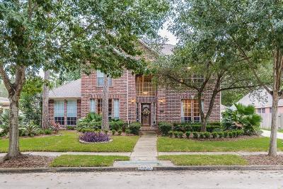 Single Family Home For Sale: 15802 El Dorado Oaks Drive
