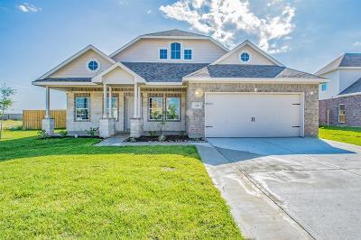 Baytown Single Family Home Option Pending: 226 Rio Grande Drive
