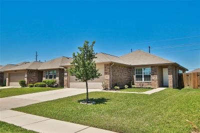Tomball Single Family Home For Sale: 10814 Harston Drive