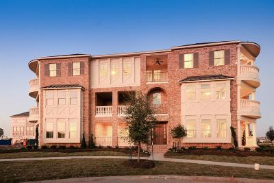 Sugar Land Condo/Townhouse For Sale: 127 Grace Point
