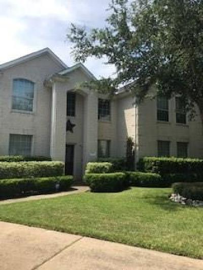 Pearland Single Family Home For Sale: 2525 Dry Bank Lane