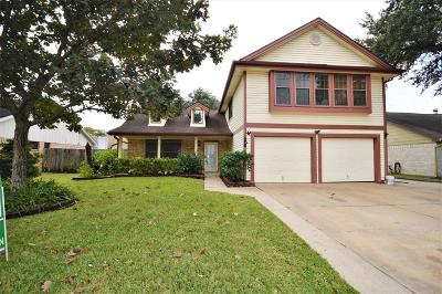 Pearland Single Family Home For Sale: 2416 Colleen Drive