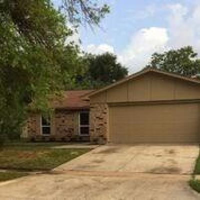 Single Family Home For Sale: 16935 Macleish Drive