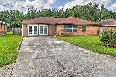 Deer Park Single Family Home For Sale: 2401 Hillshire Drive