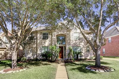 Sugar Land Single Family Home For Sale: 2034 Avana Glen Lane