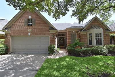 Houston Single Family Home For Sale: 13903 Carriage Walk