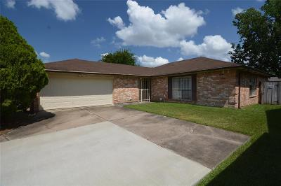 Missouri City Single Family Home Pending: 1806 Green Star Drive