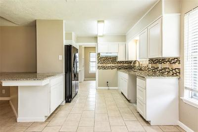 League City Single Family Home For Sale: 501 Orleans Street