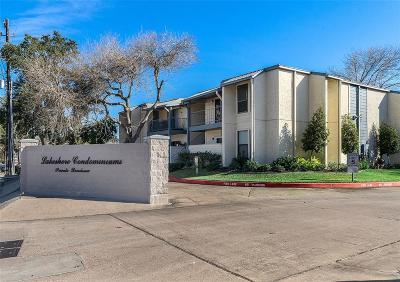 El Lago Condo/Townhouse For Sale: 4001 Nasa Parkway #133