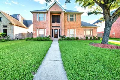 Houston Single Family Home For Sale: 3214 Clayton Woods Drive