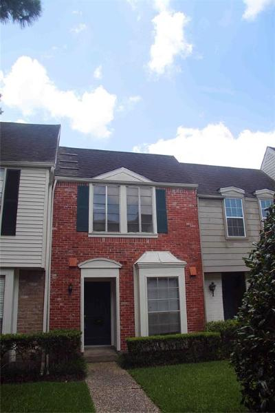 Memorial Condo/Townhouse For Sale: 13280 Trail Hollow Drive #3280