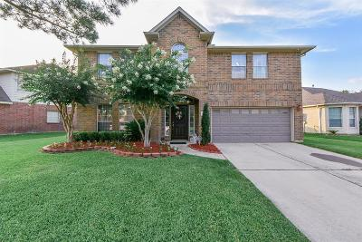 Tomball Single Family Home For Sale: 19306 Laguna Woods Drive