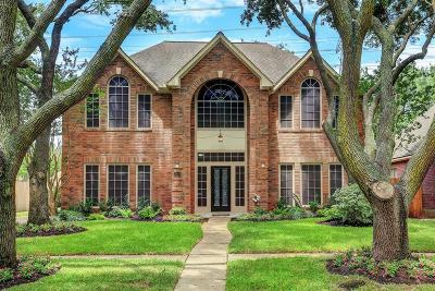 Sugar Land Single Family Home For Sale: 1418 N Medio River Circle