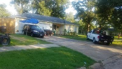Pasadena Single Family Home For Sale: 2213 Merle Street