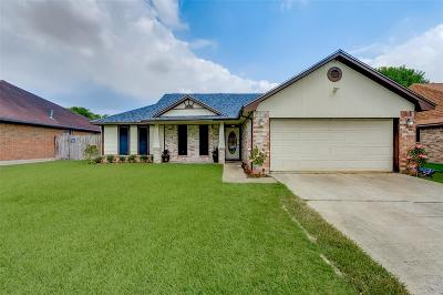 Houston Single Family Home For Sale: 11331 Brettwood Drive