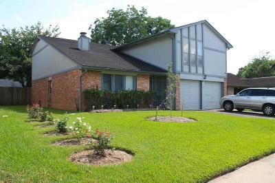 Missouri City Single Family Home For Sale: 8523 Quail Hills Dr