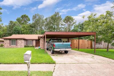 Baytown Single Family Home For Sale: 3507 Camelot Street
