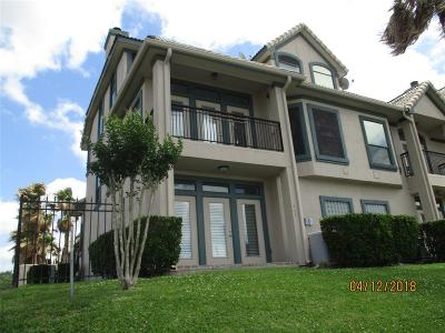 Kemah Condo/Townhouse For Sale: 463 Mariners Drive