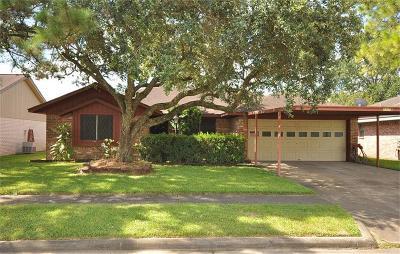 Deer Park Single Family Home For Sale: 1129 E Princeton Lane